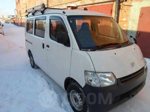 Toyota Town Ace, 2013 год, 635 000 руб.