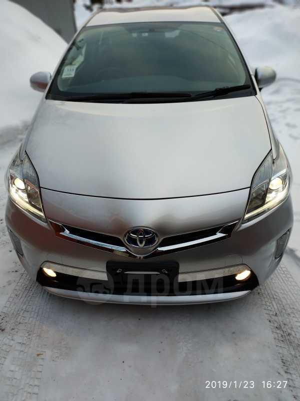 Toyota Prius, 2014 год, 955 000 руб.