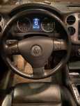 Volkswagen Tiguan, 2010 год, 840 000 руб.