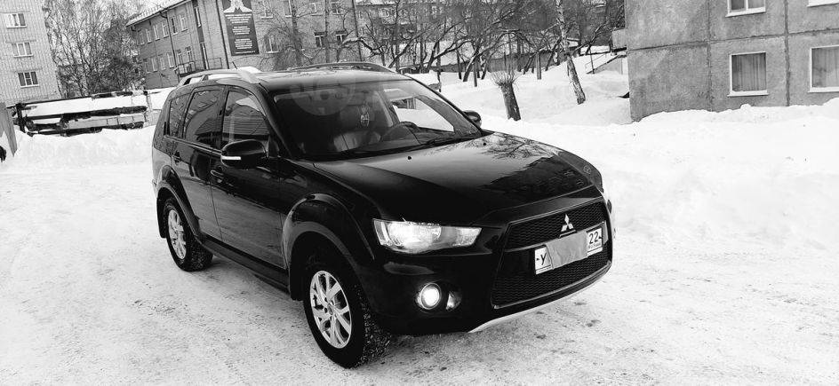Mitsubishi Outlander, 2010 год, 830 000 руб.