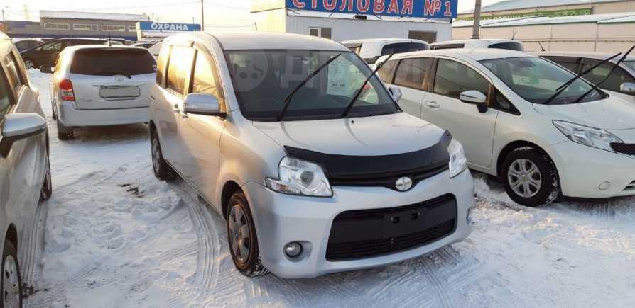 Toyota Sienta, 2015 год, 640 000 руб.