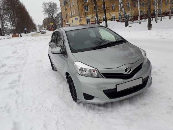 Toyota Vitz, 2014 год, 505 000 руб.