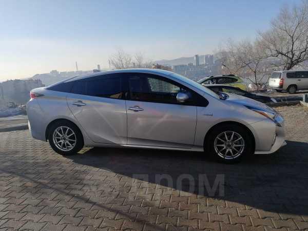 Toyota Prius, 2016 год, 1 015 000 руб.