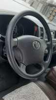Toyota Hiace, 2011 год, 1 435 000 руб.
