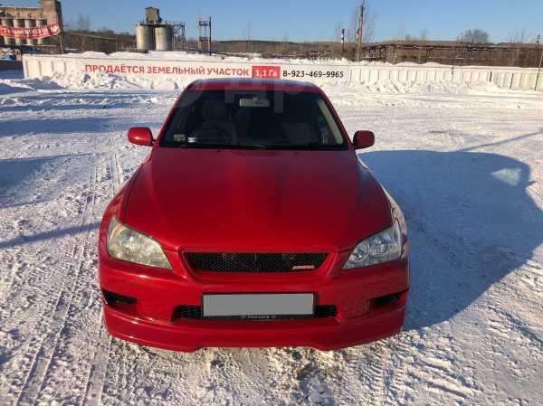 Toyota Altezza, 2002 год, 445 000 руб.