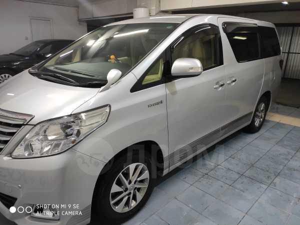 Toyota Alphard, 2014 год, 1 980 000 руб.