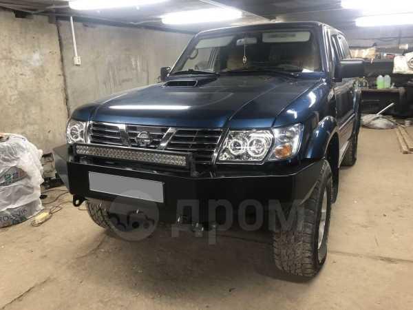 Nissan Patrol, 2001 год, 635 000 руб.