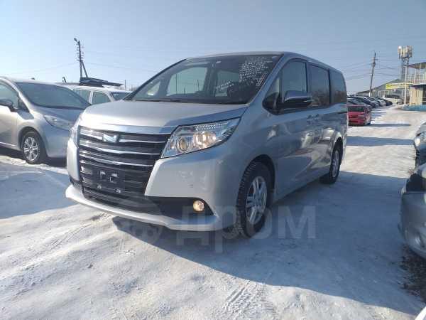Toyota Noah, 2015 год, 999 000 руб.