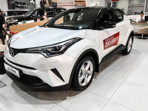 Toyota C-HR, 2019 год, 2 169 000 руб.