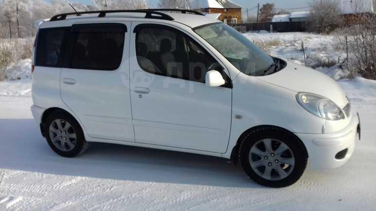 Toyota Funcargo, 2002 год, 339 000 руб.