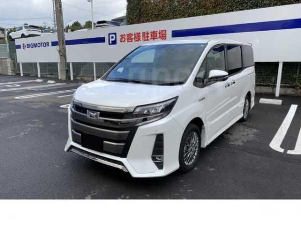 Toyota Noah, 2018 год, 1 284 000 руб.