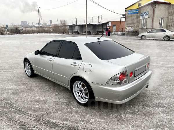 Toyota Altezza, 1999 год, 390 000 руб.