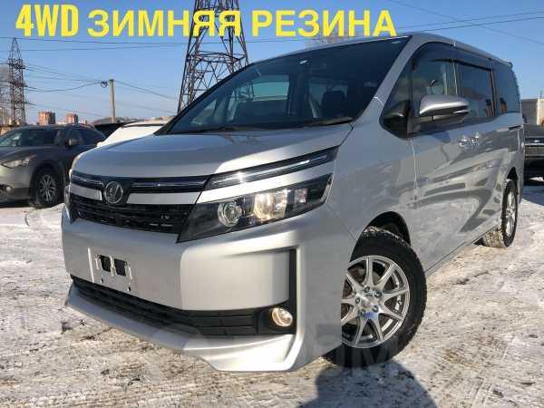 Toyota Voxy, 2015 год, 1 170 000 руб.