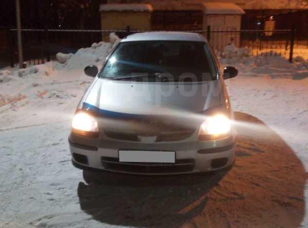 Nissan Tino, 2000 год, 185 000 руб.