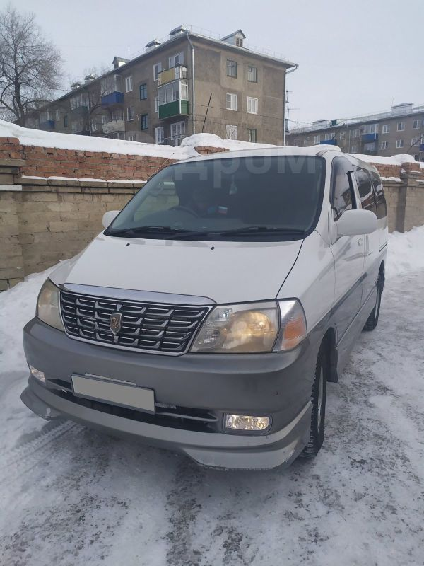 Toyota Grand Hiace, 2001 год, 320 000 руб.