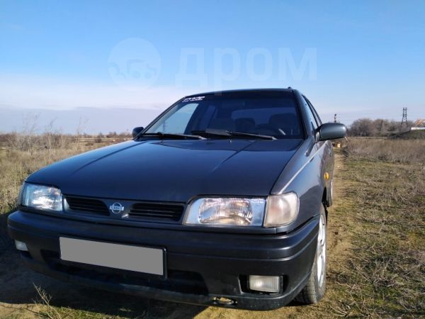 Nissan Sunny, 1993 год, 105 000 руб.