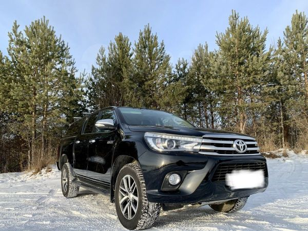 Toyota Hilux Pick Up, 2016 год, 1 980 000 руб.