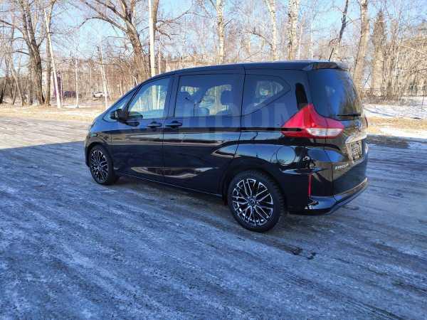 Honda Freed+, 2018 год, 999 999 руб.