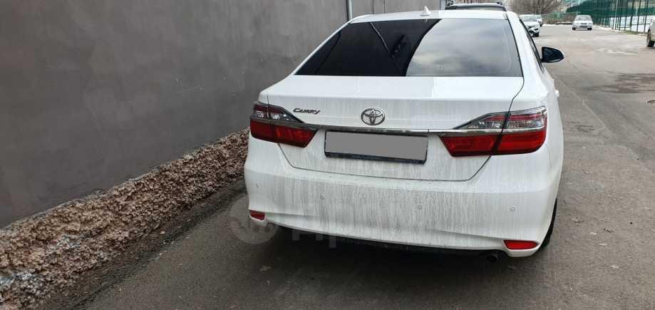 Toyota Camry, 2017 год, 1 250 000 руб.