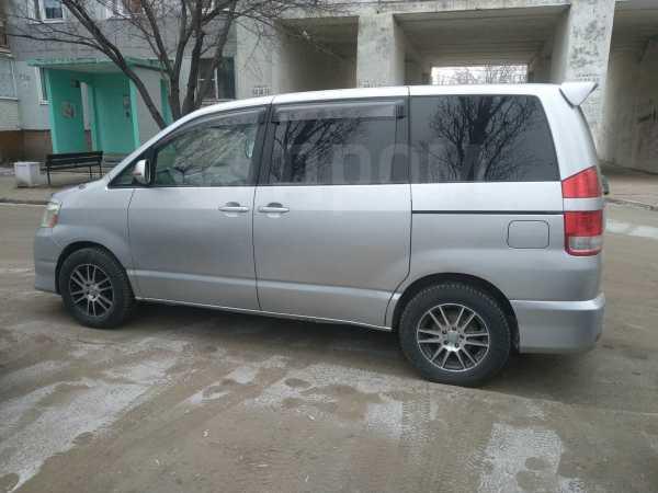 Toyota Noah, 2005 год, 465 000 руб.