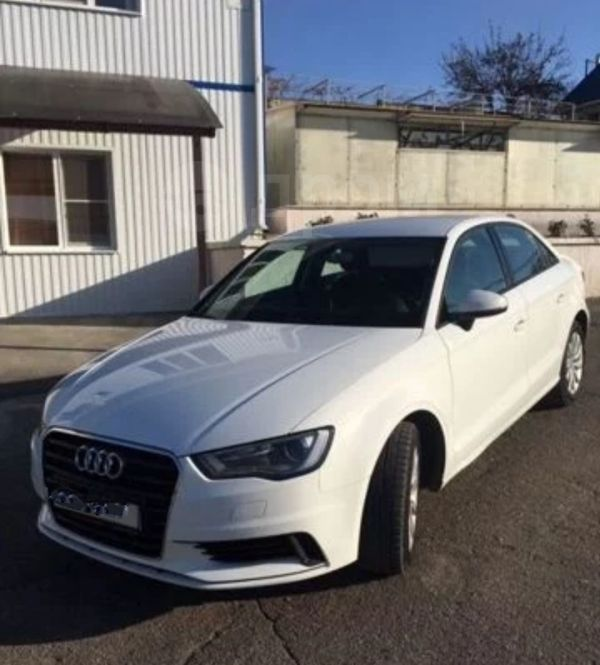 Audi A3, 2015 год, 880 000 руб.