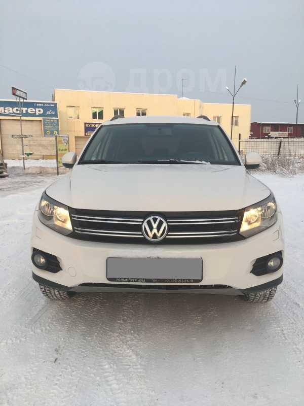 Volkswagen Tiguan, 2012 год, 888 000 руб.