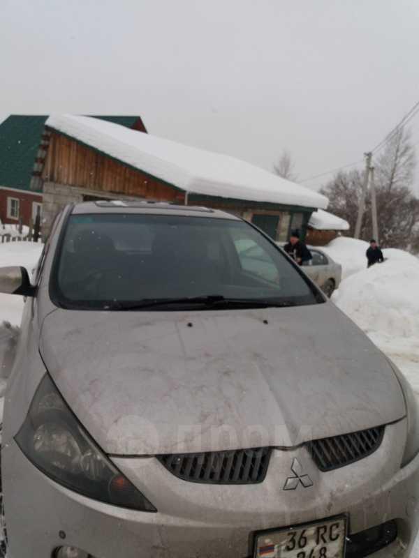 Mitsubishi Grandis, 2003 год, 320 000 руб.