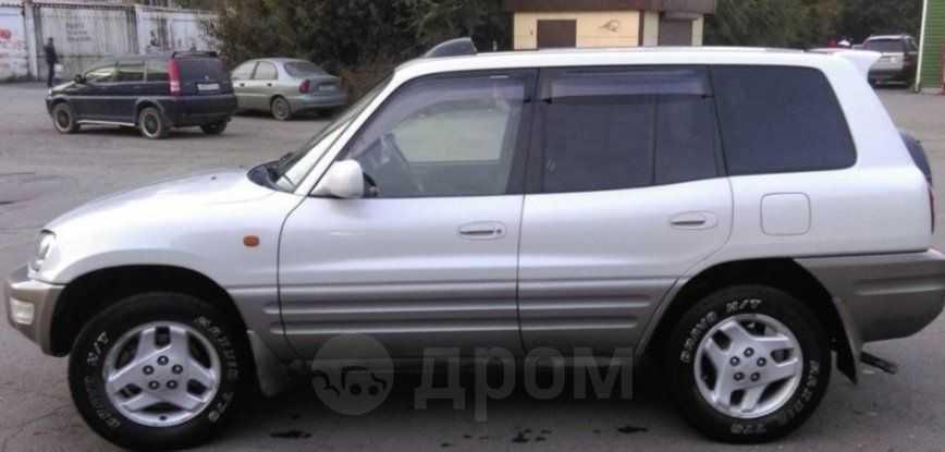 Toyota RAV4, 1998 год, 320 000 руб.