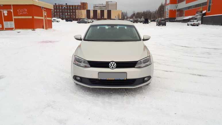 Volkswagen Jetta, 2011 год, 590 000 руб.