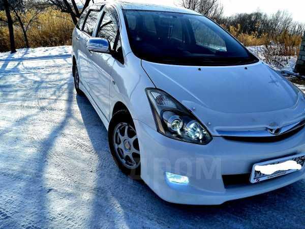 Toyota Wish, 2005 год, 300 000 руб.