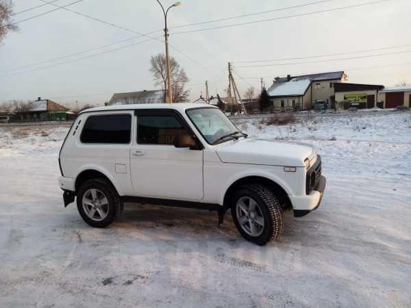 Лада 4x4 Урбан, 2015 год, 390 000 руб.