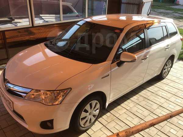 Toyota Corolla Fielder, 2014 год, 950 000 руб.