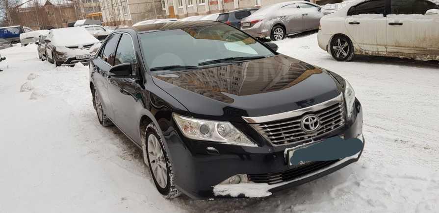 Toyota Camry, 2013 год, 900 000 руб.