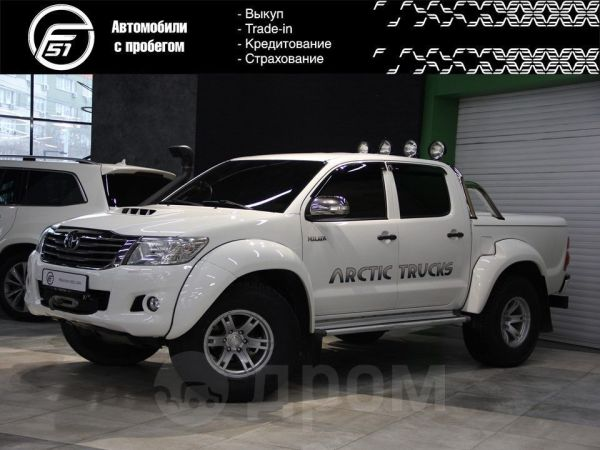 Toyota Hilux Pick Up, 2013 год, 2 435 000 руб.