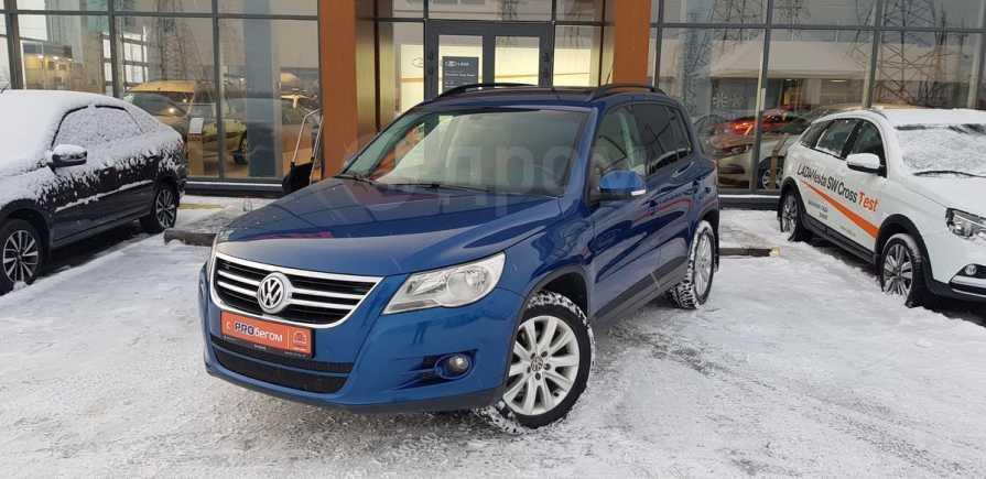 Volkswagen Tiguan, 2010 год, 600 000 руб.
