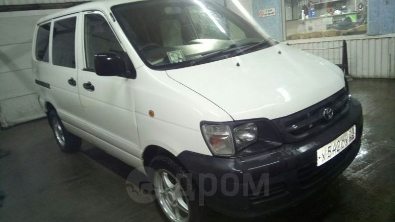 Toyota Town Ace, 2003 год, 439 000 руб.