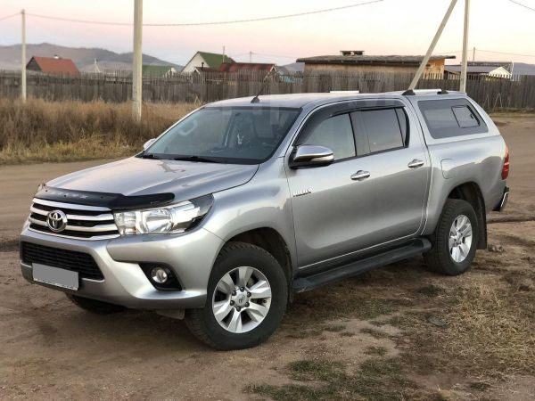 Toyota Hilux Pick Up, 2015 год, 1 899 000 руб.