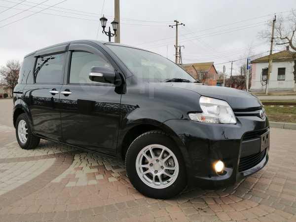 Toyota Sienta, 2014 год, 760 000 руб.