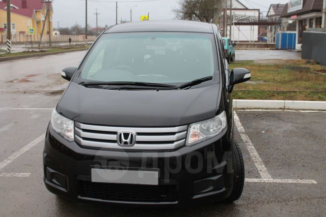 Honda Freed Spike, 2014 год, 850 000 руб.