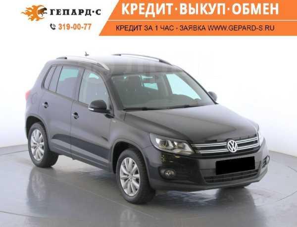 Volkswagen Tiguan, 2015 год, 975 000 руб.