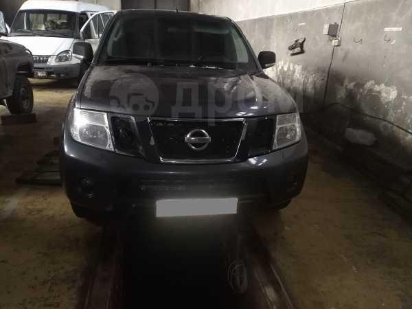 Nissan Navara, 2010 год, 850 000 руб.