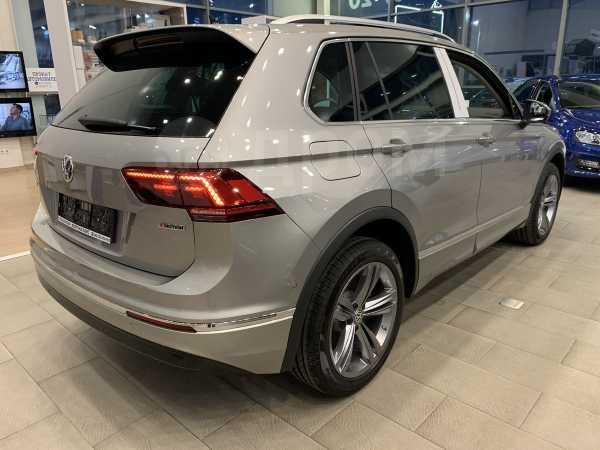 Volkswagen Tiguan, 2019 год, 2 630 500 руб.