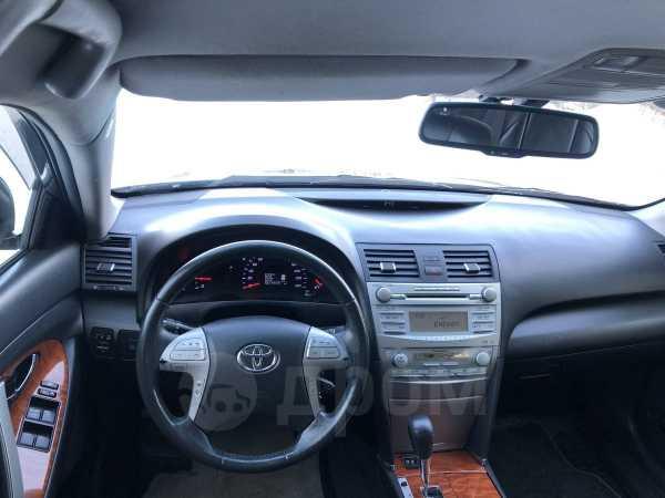 Toyota Camry, 2011 год, 877 000 руб.