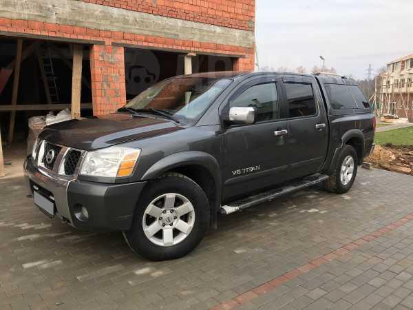 Nissan Titan, 2005 год, 920 000 руб.