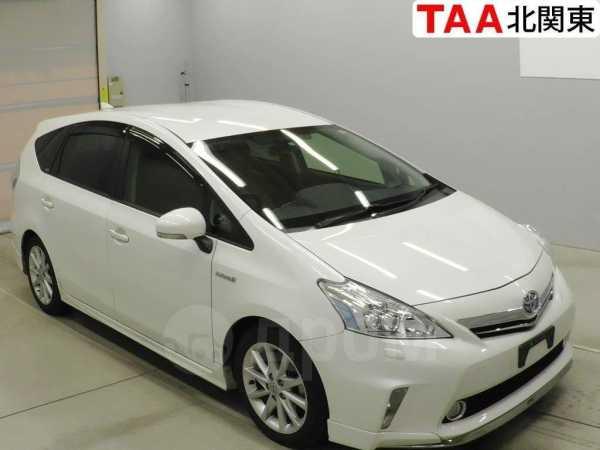 Toyota Prius a, 2013 год, 950 000 руб.