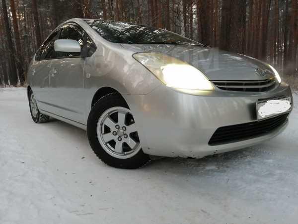 Toyota Prius, 2004 год, 430 000 руб.