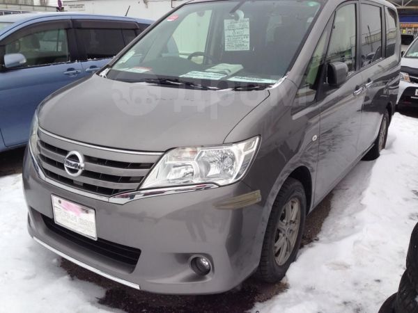 Nissan Serena, 2012 год, 985 000 руб.