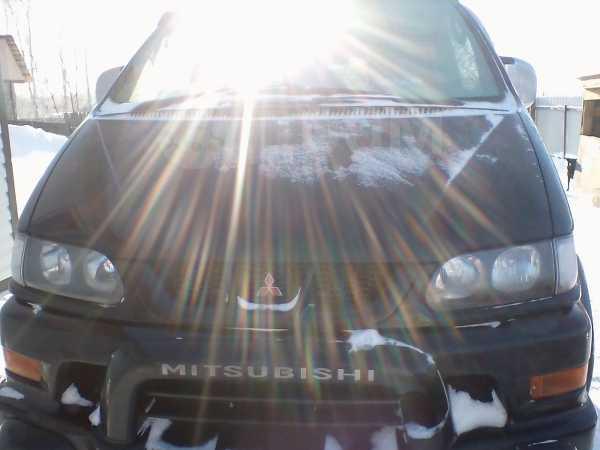 Mitsubishi Delica, 2001 год, 450 000 руб.