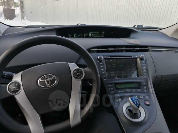 Toyota Prius, 2010 год, 630 000 руб.