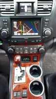 Toyota Highlander, 2010 год, 1 345 000 руб.